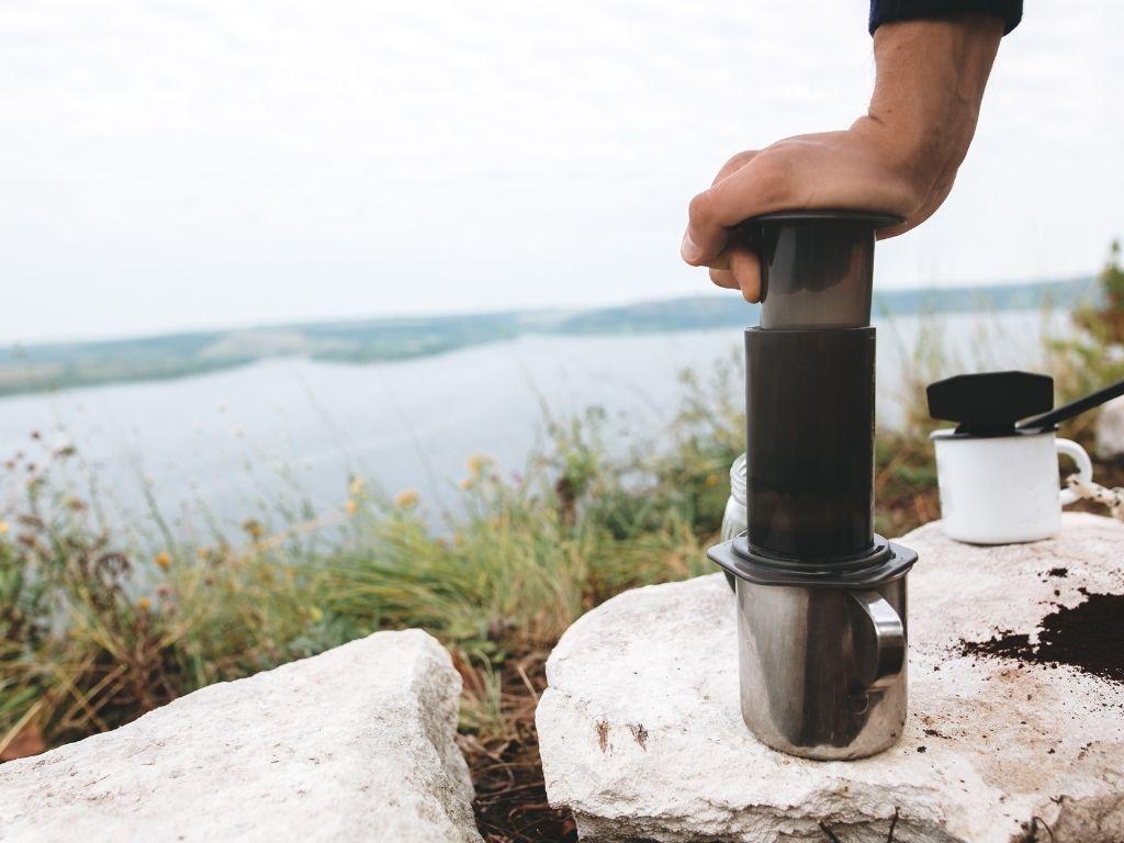 make coffee while camping