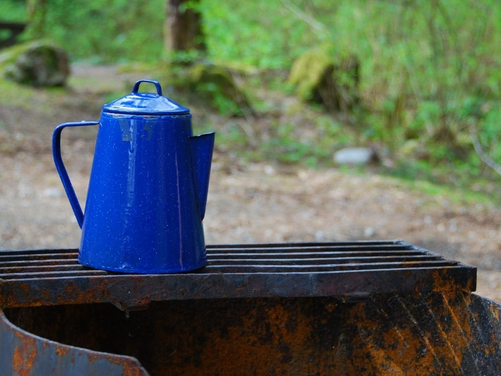 keep your coffee hot while camping